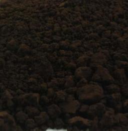 Umbra gebrand - zwartbruin cyprisch